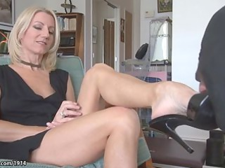 Mature Soles Feet Porn Tube 17
